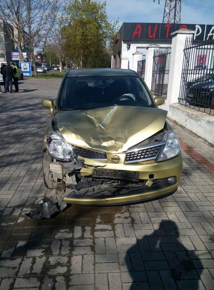 В Одессе на Мельницкой столкнулись 4 авто: Есть пострадавшие (ФОТО), фото-4