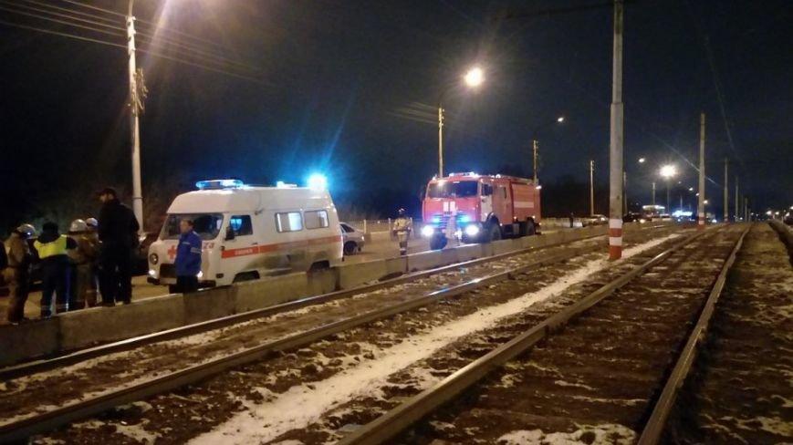 Массовое ДТП произошло в полночь в Ульяновске. ФОТО, фото-2