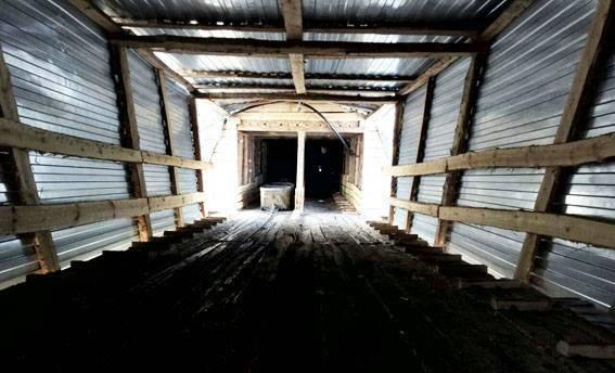 В Донецкой области в прифронтовой зоне выявили нелегальную копанку, на которой работали десять шахтеров, фото-3