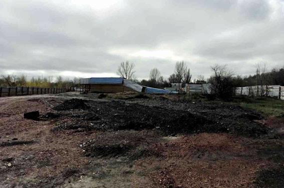 В Донецкой области в прифронтовой зоне выявили нелегальную копанку, на которой работали десять шахтеров, фото-8
