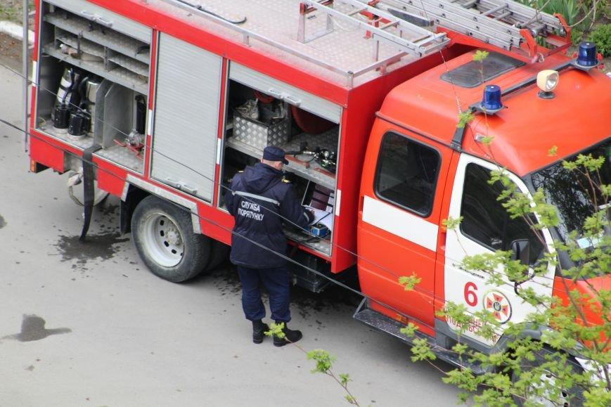 """Вогнеборці рятували студентів від """"пожежі"""" у гуртожитку (ФОТО), фото-6"""