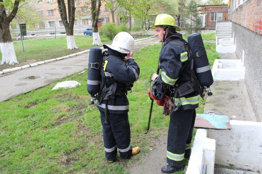 """Вогнеборці рятували студентів від """"пожежі"""" у гуртожитку (ФОТО), фото-5"""