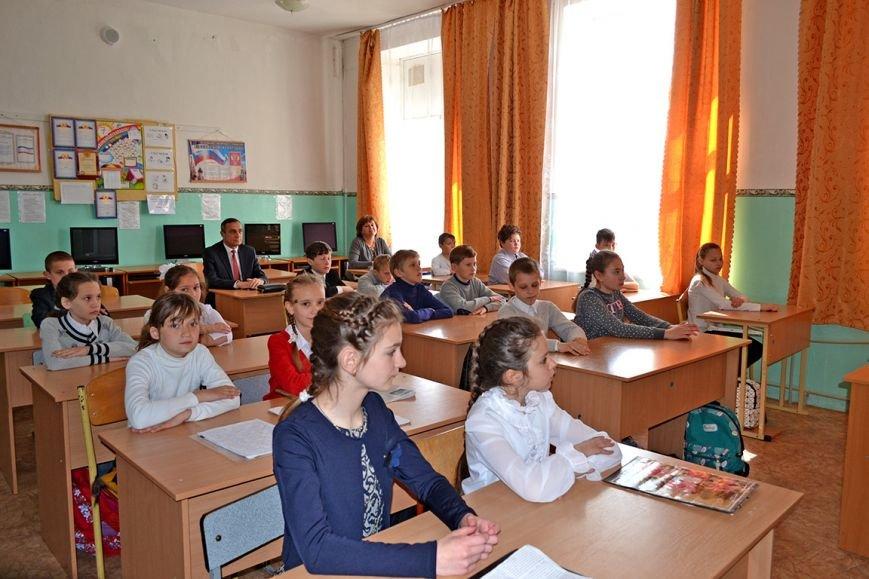 В первой Алупкинской школе прошел урок, посвященный дню освобождения Ялты от немецко-фашистских захватчиков, фото-2