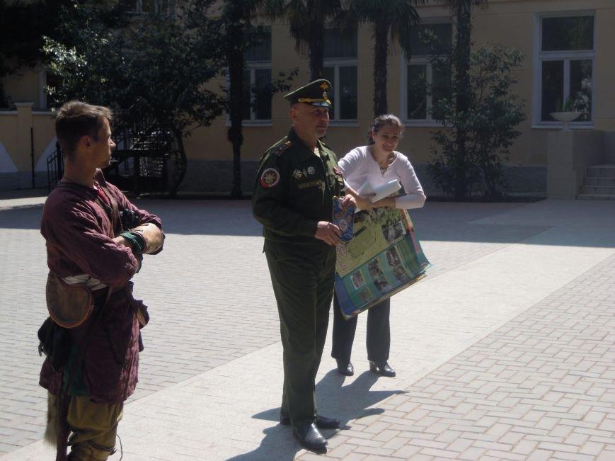 Для ялтинских школьников провели урок, посвященный Ледовому побоищу, фото-2