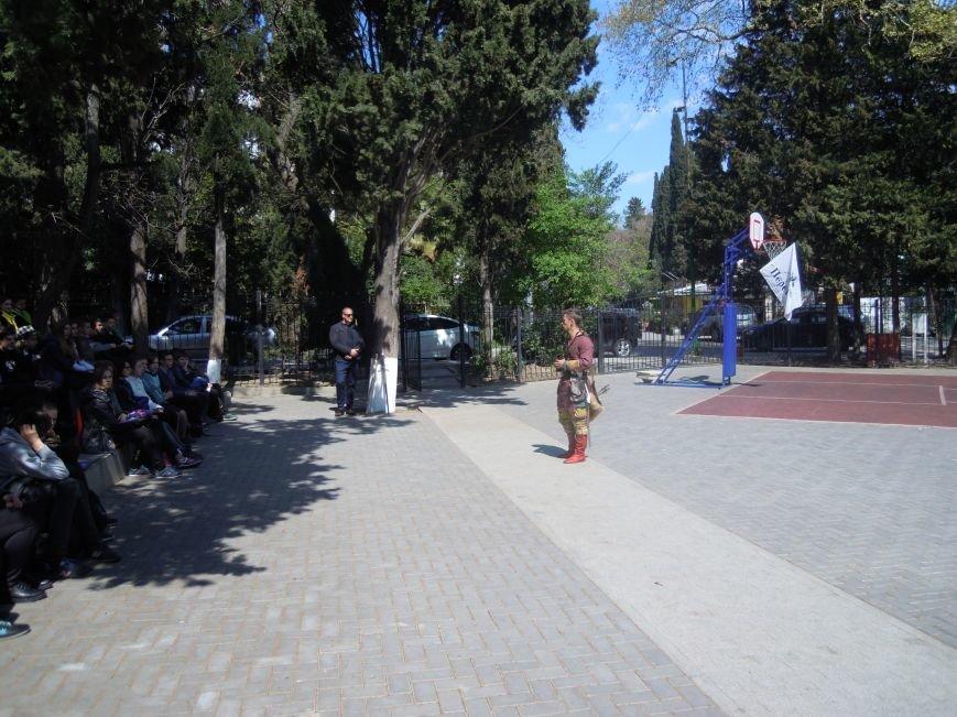 Для ялтинских школьников провели урок, посвященный Ледовому побоищу, фото-3