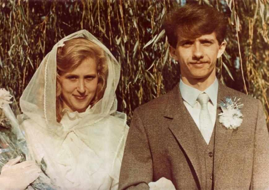 «Я - голова, жена – шея». Семья Осадчих рассказала, как спустя 32 года совместной жизни смотреть друг на друга с любовью, фото-2