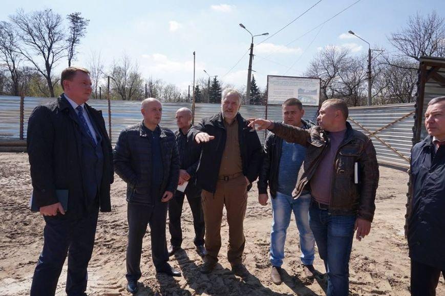 В Краматорске  строительство  «Ледовой арены» закончат в сентябре, фото-2