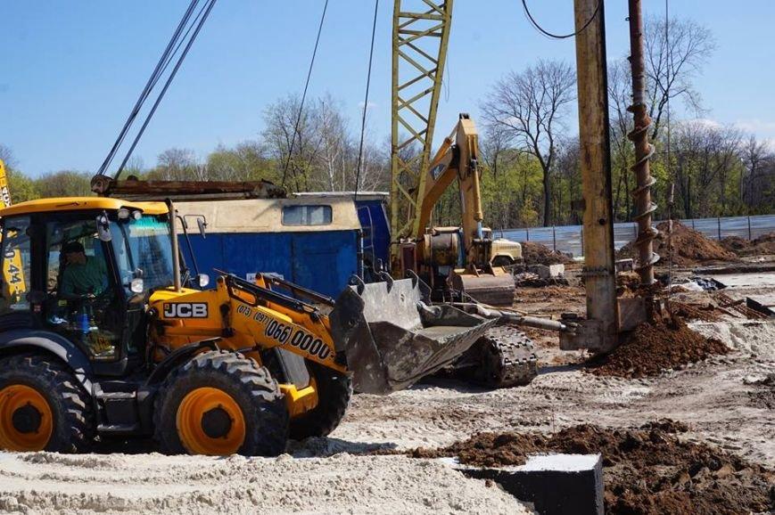 В Краматорске  строительство  «Ледовой арены» закончат в сентябре, фото-3