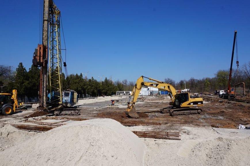 В Краматорске  строительство  «Ледовой арены» закончат в сентябре, фото-1