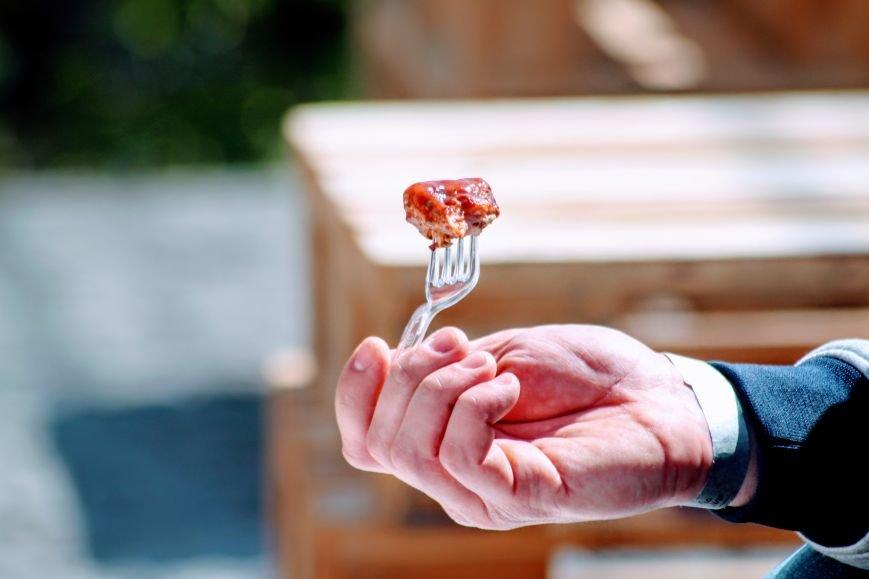 Ужгород п'є вино із сакури: фоторепортаж, фото-3