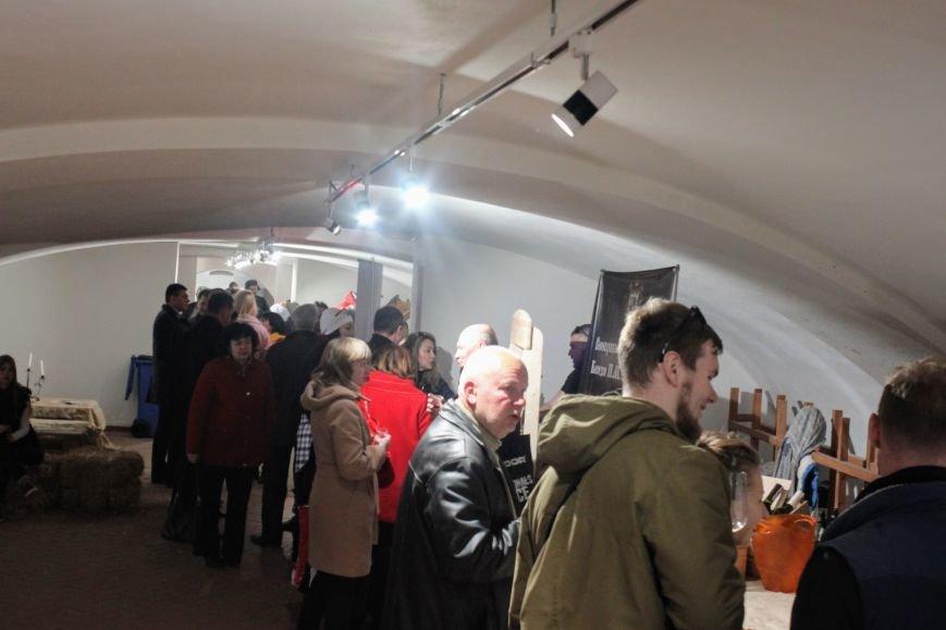 Ужгород п'є вино із сакури: фоторепортаж, фото-26