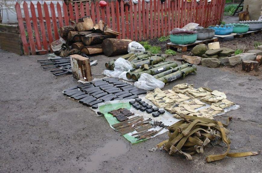 В Донецкой области задержали двух боевиков «ДНР» с огромным арсеналом оружия (ФОТО), фото-2