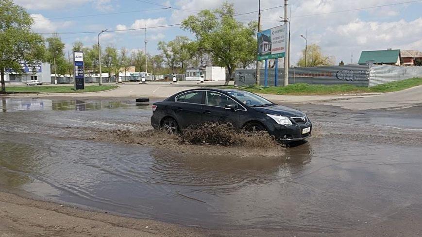 """Водой из огромной лужи на ул.Флотской решили затопить поселок """"Бригантина"""" (ФОТО), фото-1"""
