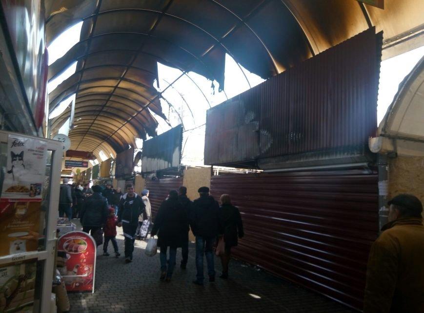 """В Одессе на """"Северном"""" до сих пор тлеют остатки павильонов (ФОТО), фото-1"""