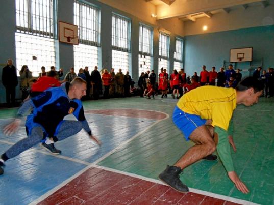 Спортивно-патриотическая игра «Козацький гарт» прошла в Бахмуте, фото-1