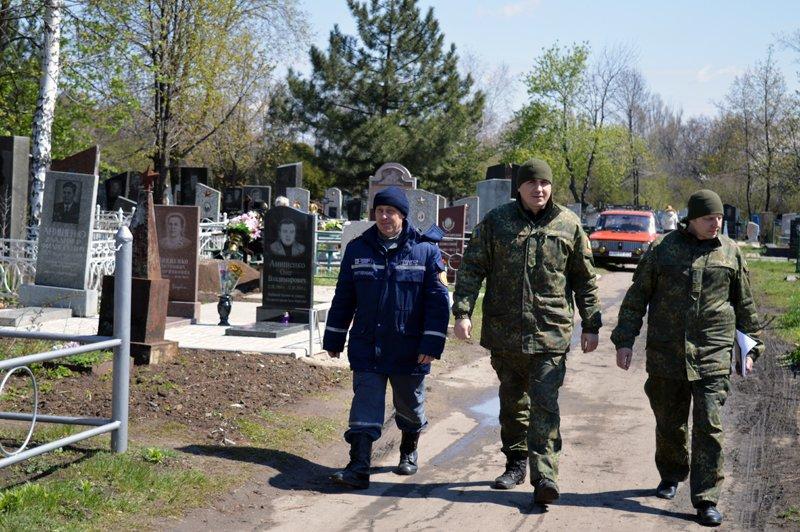Нынешние поминальные дни в Покровске и районе прошли организованно и спокойно, фото-3
