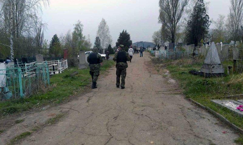 Нынешние поминальные дни в Покровске и районе прошли организованно и спокойно, фото-2
