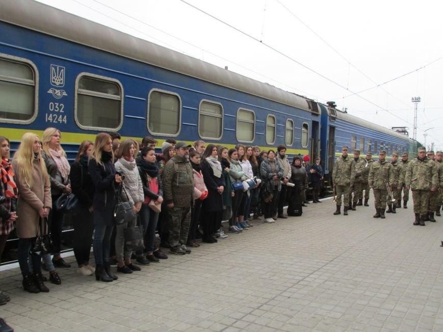 Волонтерский агитпоезд «Трухановская Сечь» посетил Покровск, фото-7