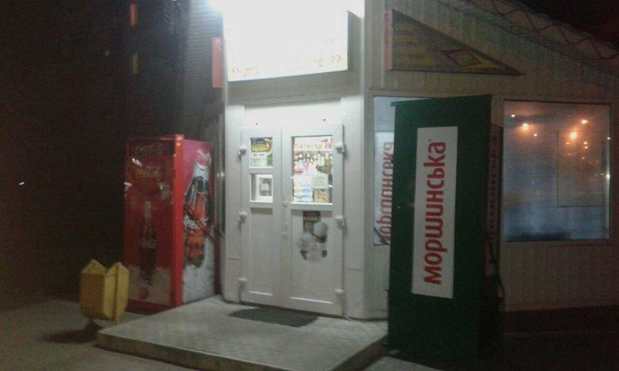 На «нічний алкоголь» перевірили луцькі магазини (ФОТО), фото-7