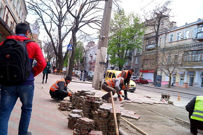 В центре Одессы шаурма «захватила» тротуар (ФОТО), фото-2