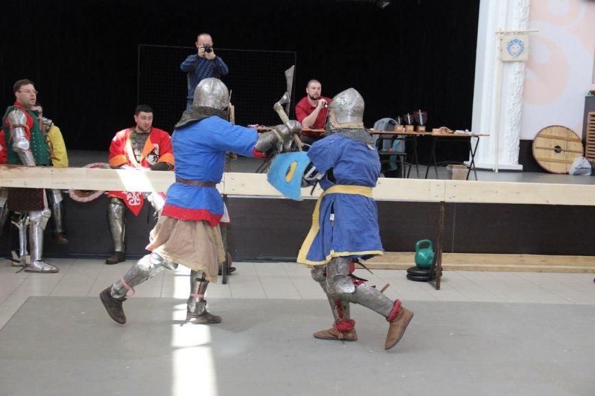 Ялтинцы приняли участие в чемпионате по Историческому Средневековому бою, фото-2