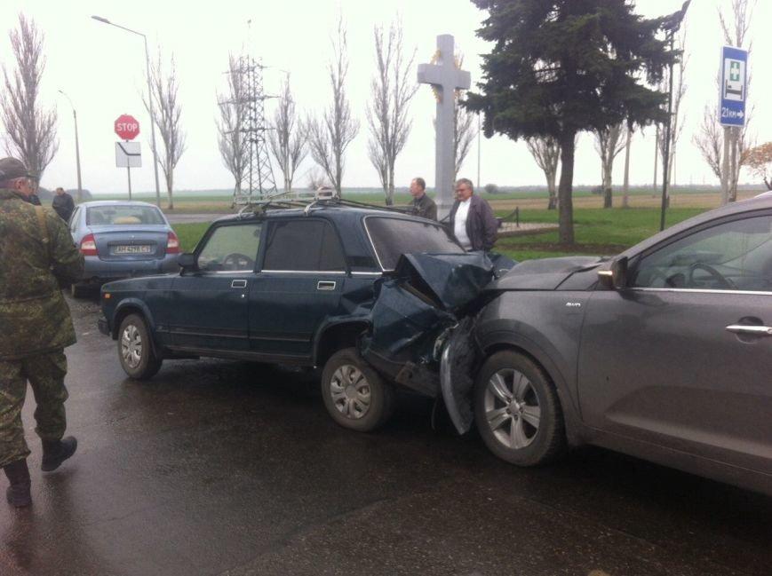 Подробности тройного ДТП в Покровске: виновный водитель уснул за рулем (ФОТО), фото-3