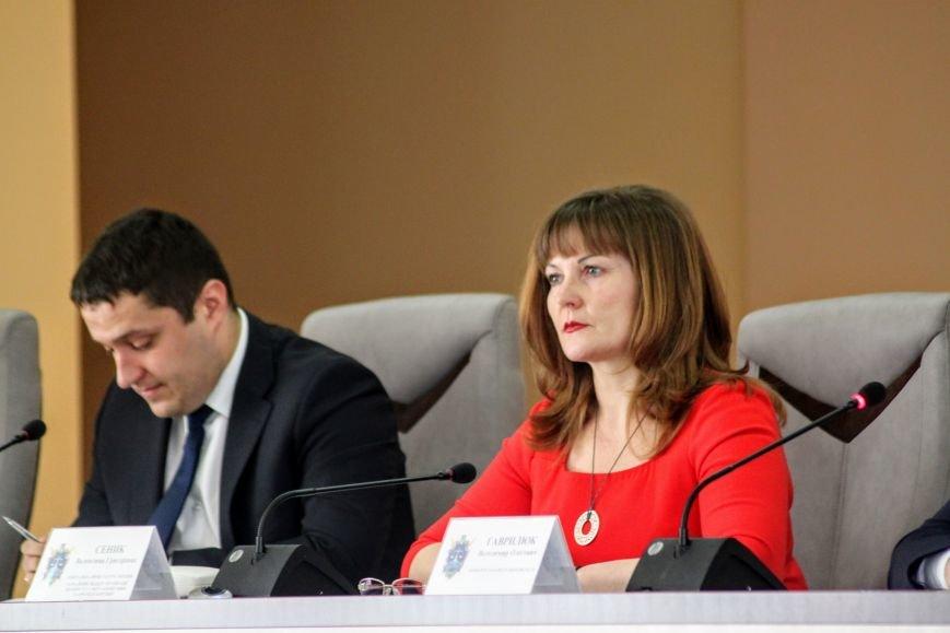 У прокуратурі Закарпаття говорили про «SakuraWine», Іштвана Цапа та аферу з квартирами за участю депутата: фото, фото-2
