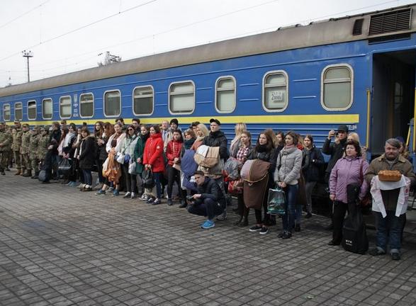 Бахмут во второй раз встретил «Поезд Единения Украины «Трухановская Сечь» (ФОТО), фото-1