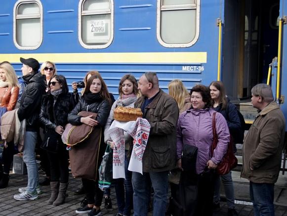 Бахмут во второй раз встретил «Поезд Единения Украины «Трухановская Сечь» (ФОТО), фото-5
