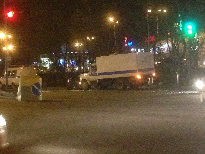 В Симферополе автозак протаранил легковушку (ФОТО), фото-2