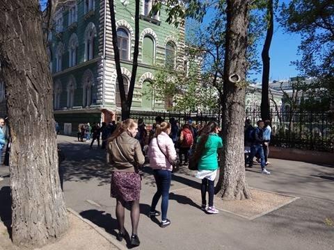 Одесса под прицелом телефонных террористов: Заминировали все корпусы университета Мечникова (ФОТО, ВИДЕО), фото-7