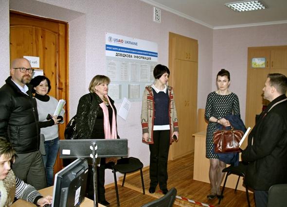 В городском совете состоялась встреча с представителями Украинской инициативы по повышению уверенности, фото-1