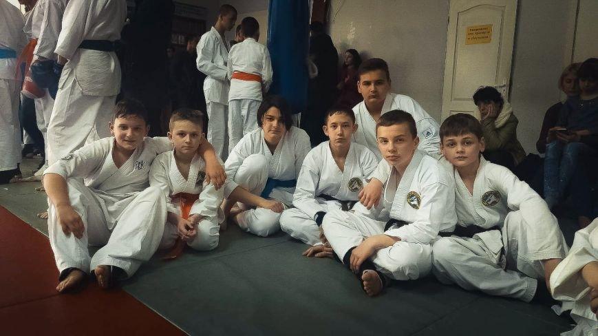 На чемпионате области по рукопашному бою никопольчане завоевали 14 наград, фото-1