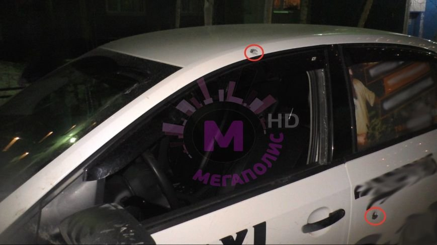 В Нижневартовске напали на таксиста и ранили его, фото-2