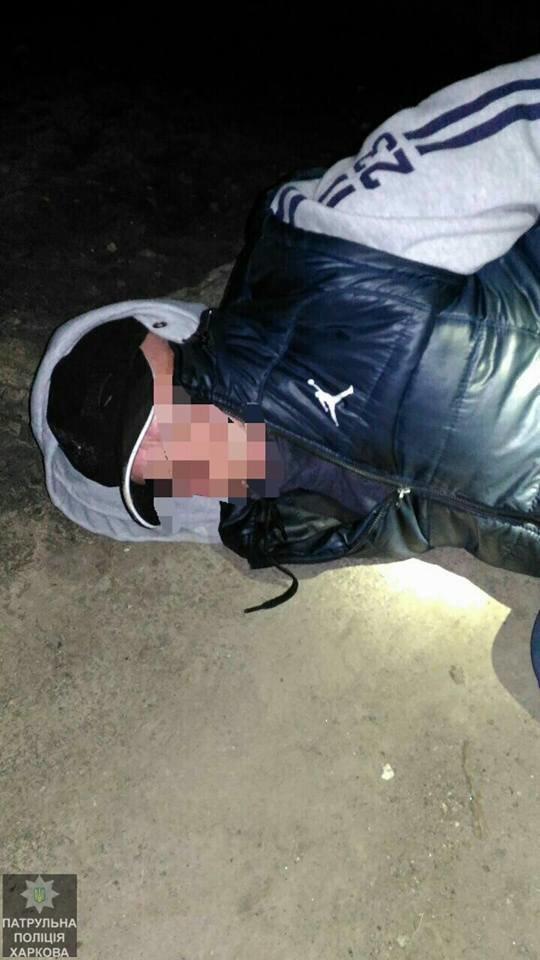 В Харькове мошенник вымогал у женщины две тысячи долларов и попался полиции (ФОТО), фото-1