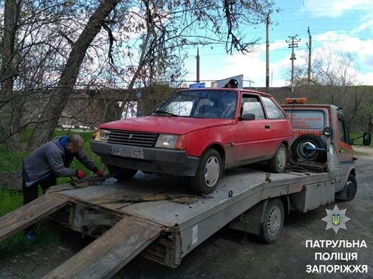 Мертвецки пьяный водитель пытался сбежать от полиции, фото-1