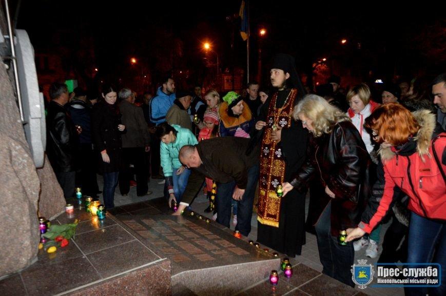 Никопольчане зажгли свечи в знак памяти о жертвах Чернобыльской катастрофы, фото-3