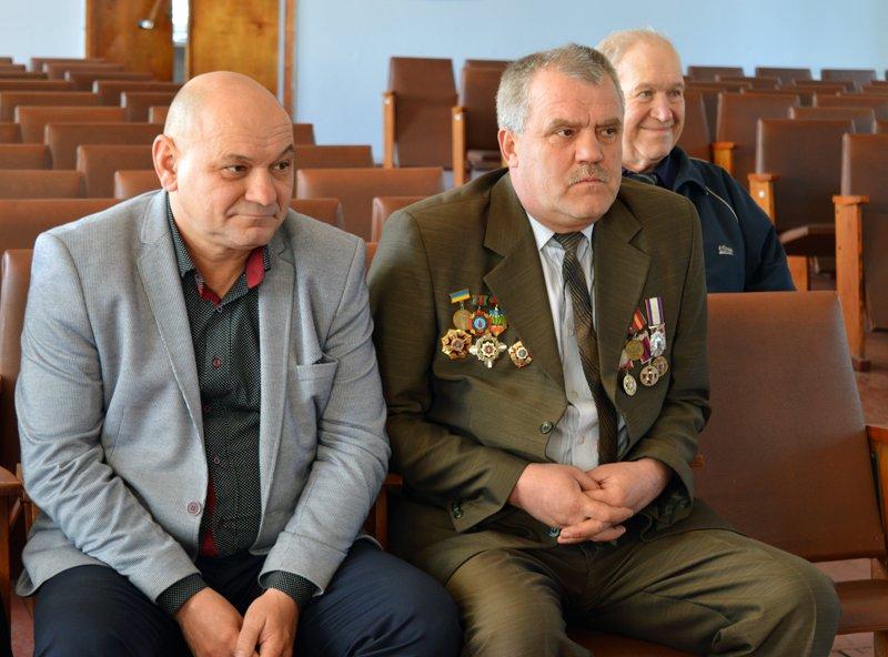 Полицейские Покровска поздравили своих коллег ветеранов-чернобыльцев, фото-2