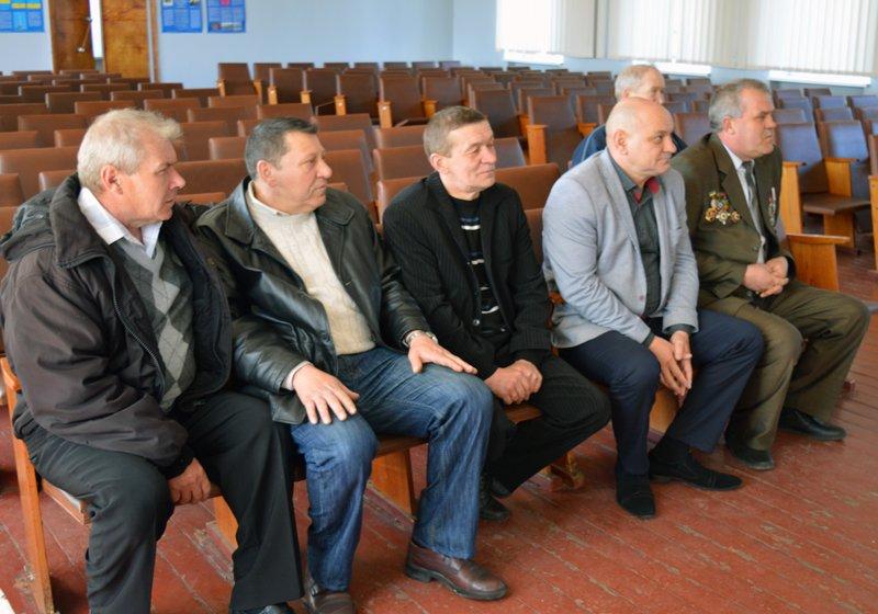 Полицейские Покровска поздравили своих коллег ветеранов-чернобыльцев, фото-1