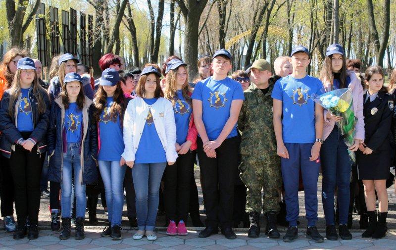 Полицейские Покровска поздравили своих коллег ветеранов-чернобыльцев, фото-6