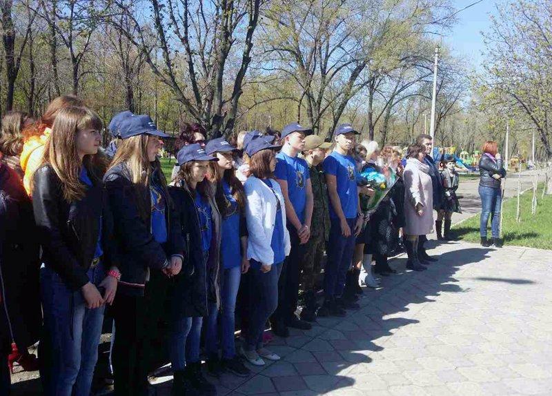 Полицейские Покровска поздравили своих коллег ветеранов-чернобыльцев, фото-5