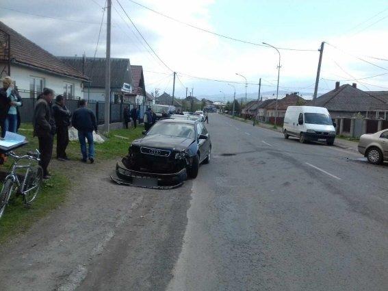 """У Сваляві пенсіонер на """"Ауді"""" спричинив ДТП із водієм """"Шкоди"""": фото, фото-1"""