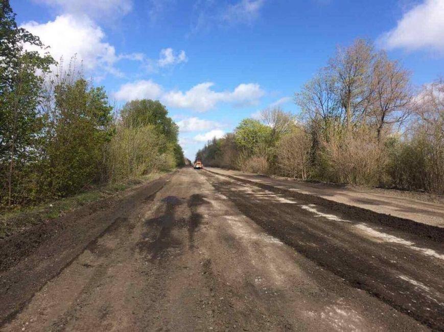 Дорогу на Запорожье из Мариуполя решили обновить после дождя (Фотофакт), фото-2