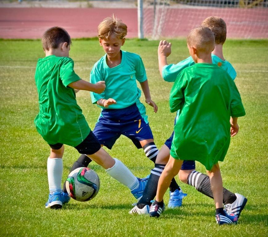 У юных ялтинских футболистов две победы за уик-энд, фото-1