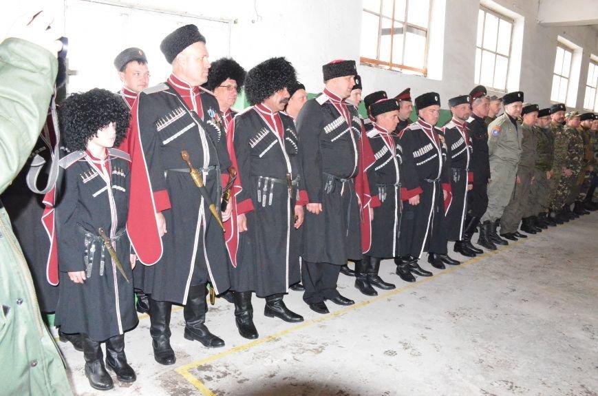 В Ялте впервые в Крыму освящено и вручено атаману Знамя станичного казачьего общества, фото-2