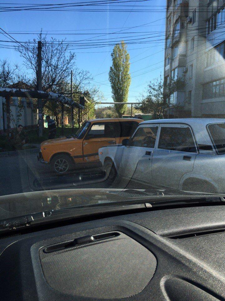 С утра Симферополь встал в больших пробках из-за нескольких ДТП (ФОТО), фото-2