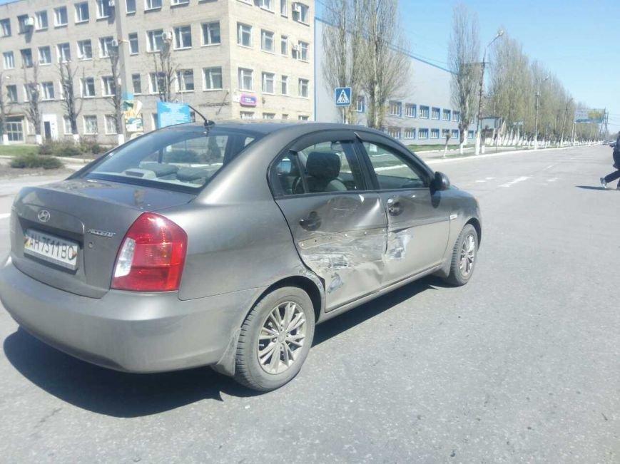 В Мирнограде рейсовый автобус ПАЗик с пассажирами протаранил «Hyundai», фото-4