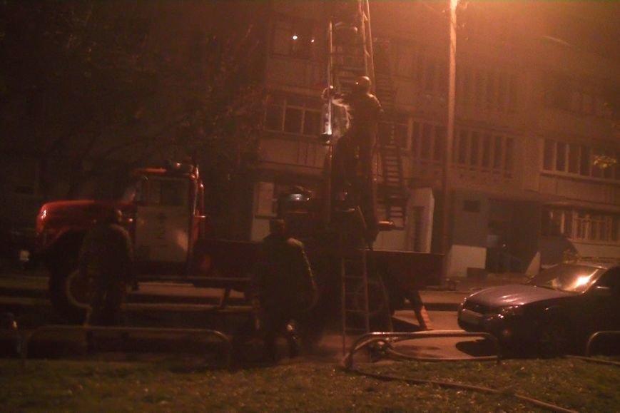 В Харькове горела жилая девятиэтажка: спасатели эвакуировали людей из-за дыма (ФОТО), фото-1