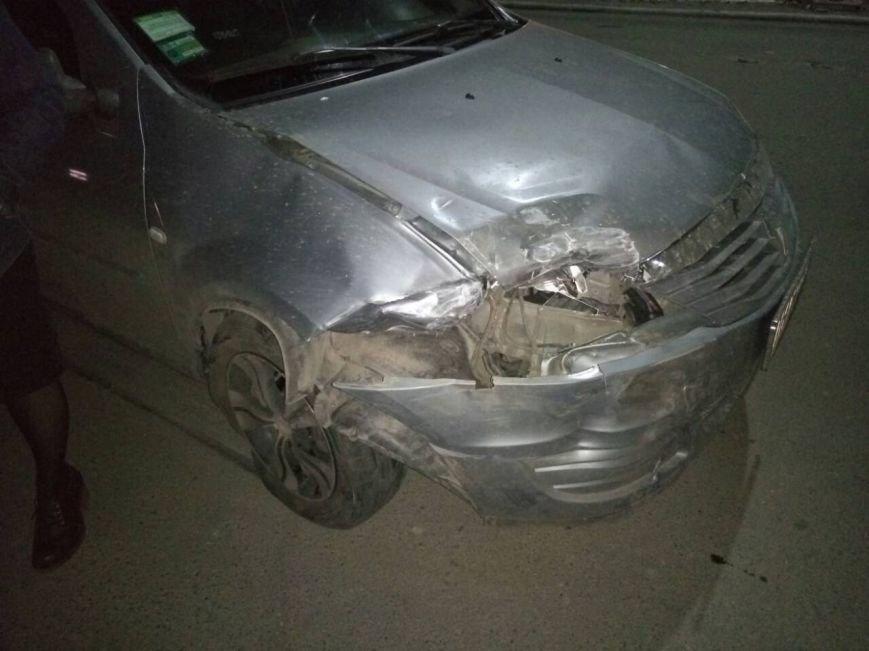 Вчера в центре Покровска произошло ДТП с пострадавшими (ФОТО), фото-3
