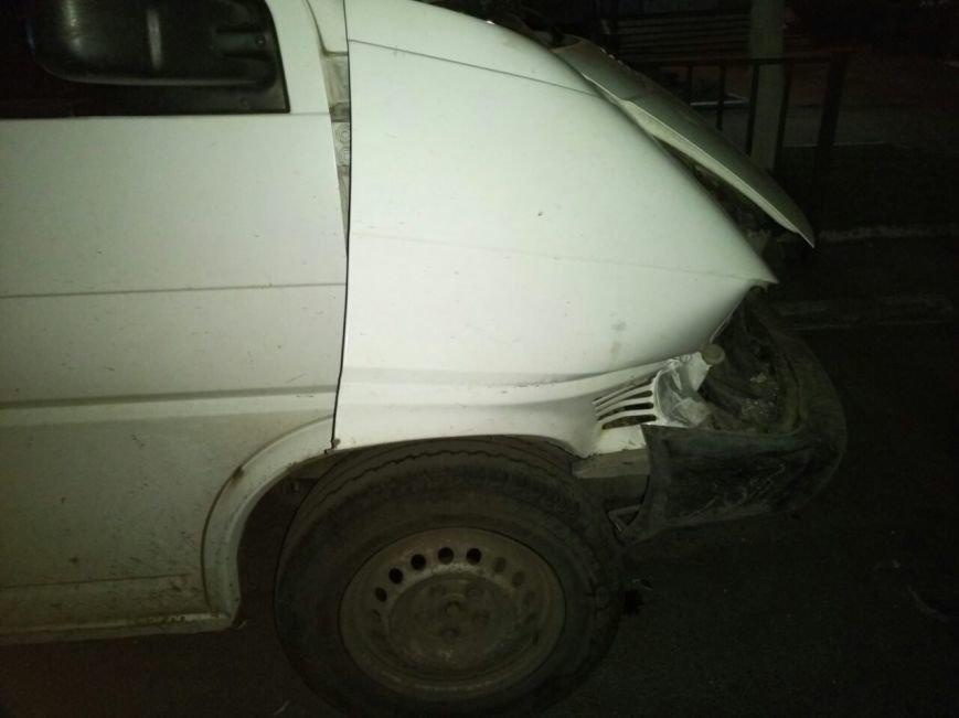 Вчера в центре Покровска произошло ДТП с пострадавшими (ФОТО), фото-5